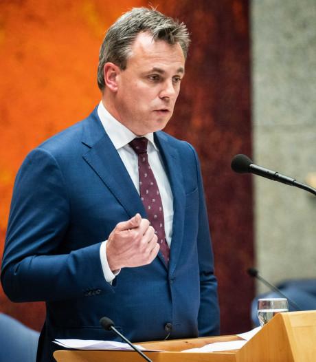 Harbers stapt op na rel verdoezelde asielcijfers