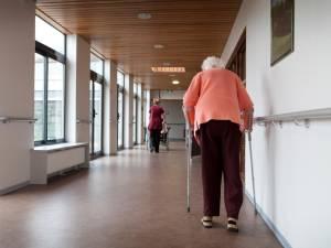 À 102 ans, une femme aurait frappé mortellement sa voisine de chambre