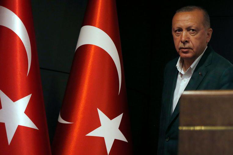 De Turkse president Recep Tayyip Erdogan zei vandaag dat in een miljoenenstad als Istanbul niemand het recht op de overwinning kan opeisen als het verschil in stemmen zo klein is.