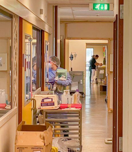 Zeeuwse ziekenhuizen heffen speciale corona-afdelingen op