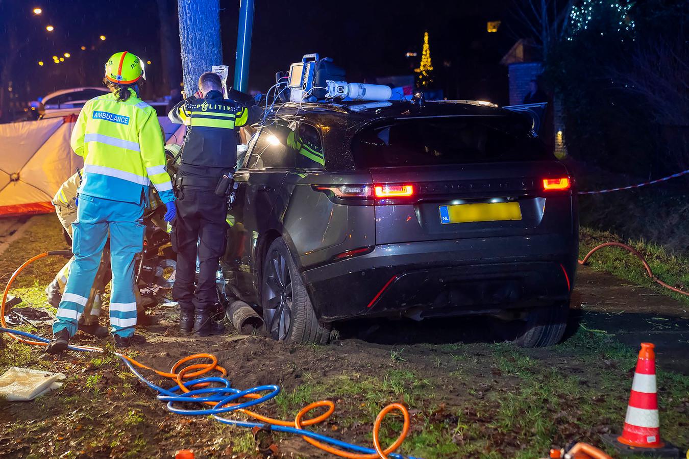 De bestuurder raakte zwaargewond bij het ongeluk.