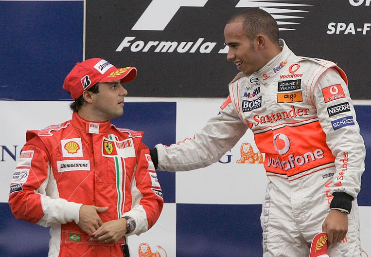 Massa en Hamilton in 2008 bij de F1-race in Spa-Francorchamps eerder op het jaar.