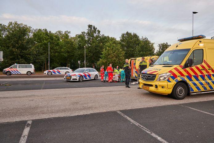 Een motorrijder raakte gewond na een val.