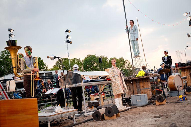 Muziektheatervoorstelling Atlantis van De Veenfabriek. Beeld Bowie Verschuuren