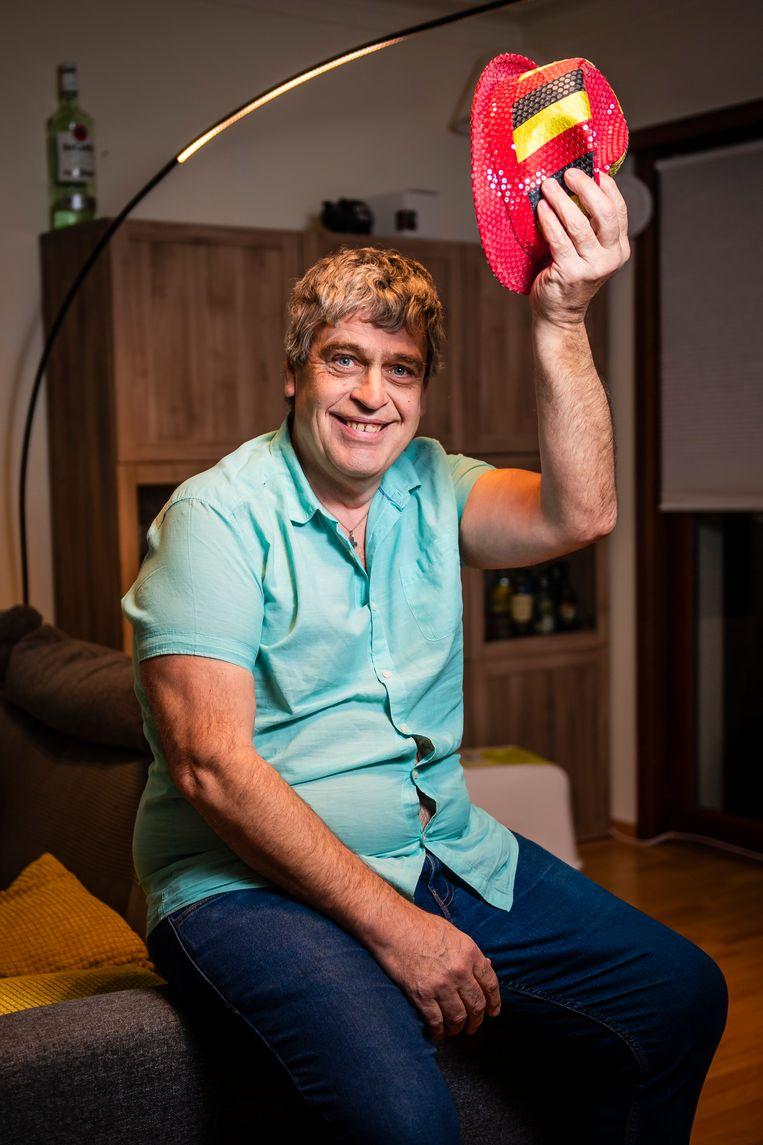 Willy Piessens staat te popelen om naar het tuinfeest in Laken te komen. Beeld Gregory Van Gansen / Photo News