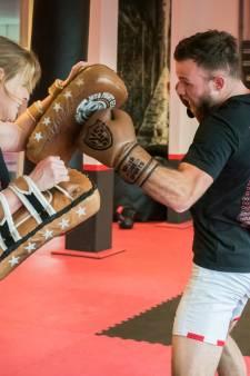 Eindhovense kickbokser Robbie Hageman stapt voor het laatst de ring in: 'De tumor is weer aangegroeid'