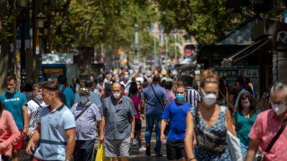 Barcelona maakt zich klaar voor nieuwe lockdown: autoriteiten roepen burgers op om thuis te blijven