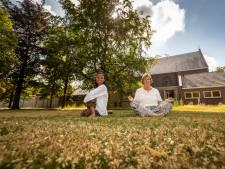 Nelleke Blom draagt yogacentrum in Handel na 40 jaar over: 'Echte yoga gaat nooit verloren'