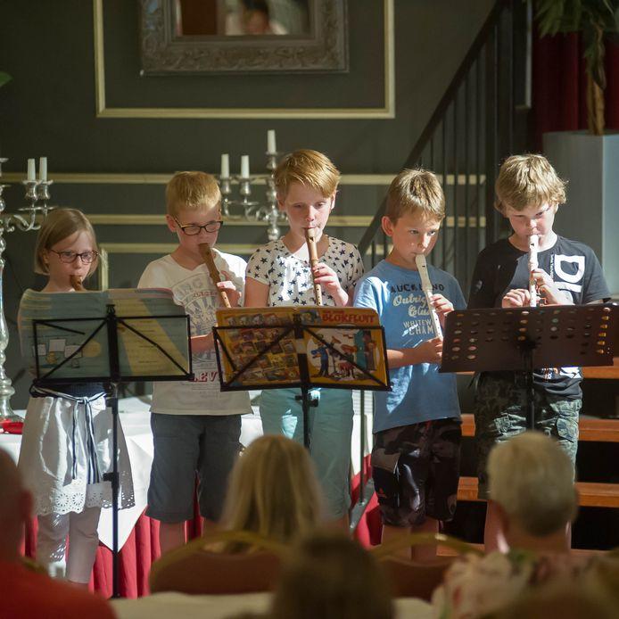 Ook voor de muzieklessen van de Kaliber Kunstenschool dreigde in Wierden minder subsidie te komen.
