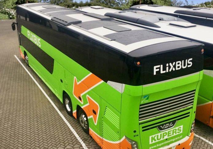 FlixBus breidt zijn netwerk uit in Nederland en herstart nationale en internationale verbindingen vanaf Enschede.