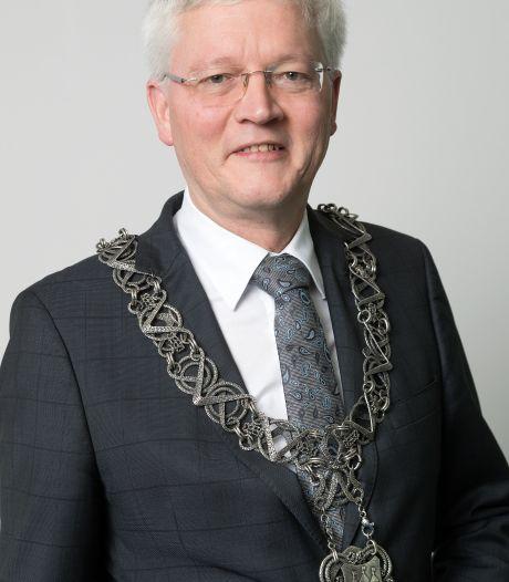 Burgemeester Weterings tevreden over Sinterklaasintocht Tilburg: 'De juiste keuze gemaakt'