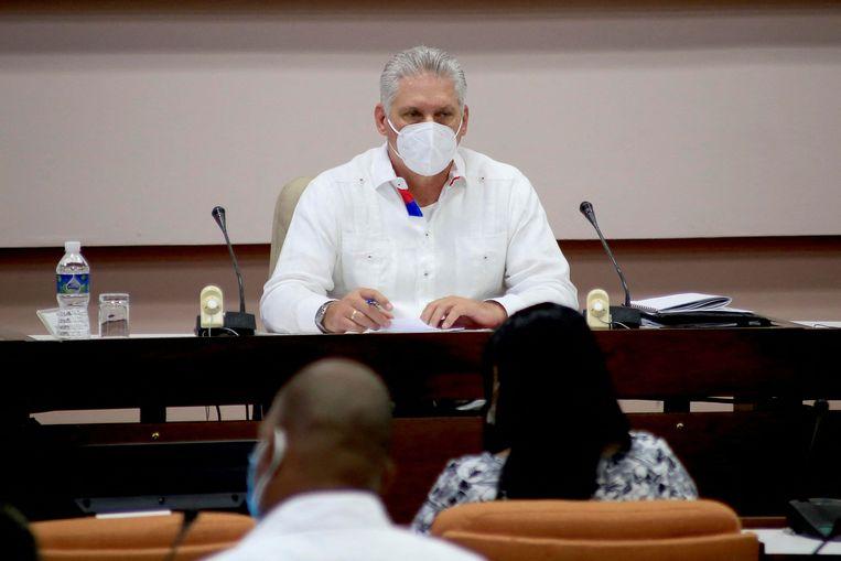 Miguel Díaz-Canel, president van Cuba, neemt het partijleiderschap van Castro over.  Beeld AFP