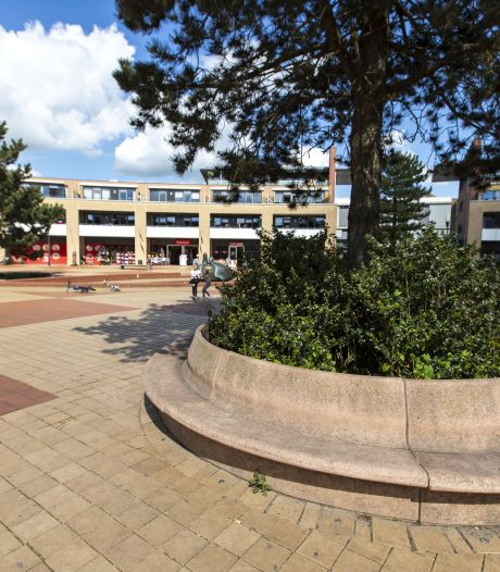 Samenscholingsverbod voor hangjongeren op plein in Nijverdal: tijdelijke maatregel tot cameratoezicht is geregeld
