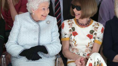 Koninginnen onder elkaar aan de catwalk