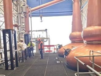 Complete whiskystokerij van Schotland naar China verscheept
