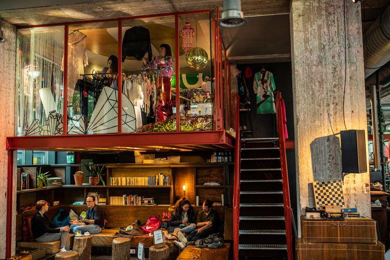 Goldie Pawn, Wibautstraat 150. Beeld Nosh Neneh