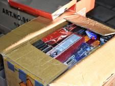Hengeloër betrapt met 300 kilo illegaal vuurwerk onder carport: 'Als er iets was gebeurd, waren de gevolgen niet te overzien geweest'