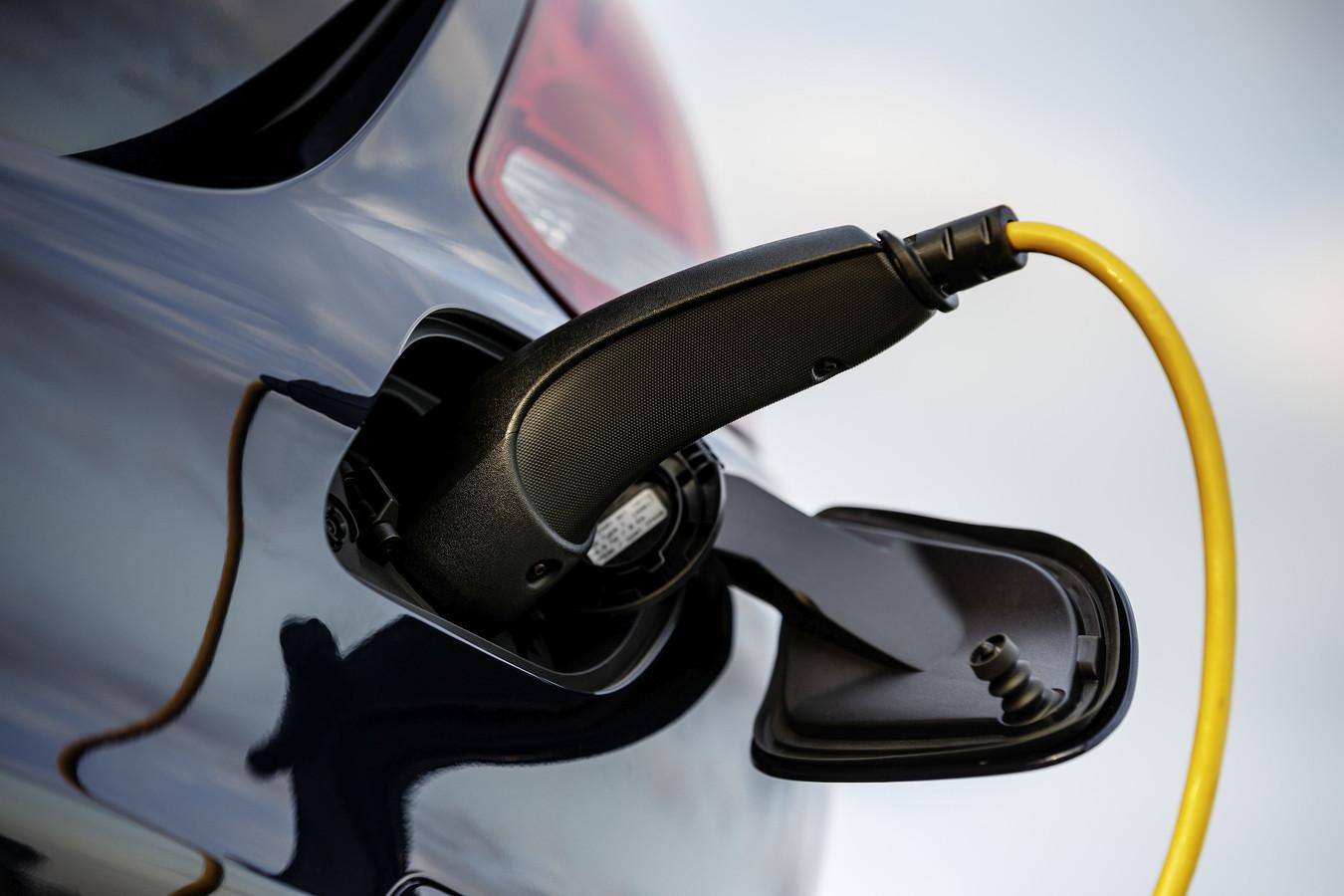 Toyota is ervan overtuigd dat het niet op korte termijn mogelijk is om elektrische auto's echt goedkoop te maken.