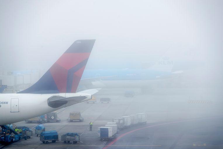 Dichte mist op Schiphol. Beeld ANP