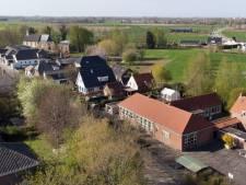 Schoolbesturen en gemeente Buren hechten nu toch aan dorpsscholen