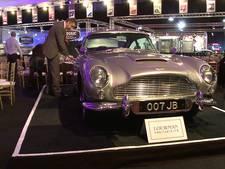 Originele auto van James Bond met alle gadgets tentoongesteld