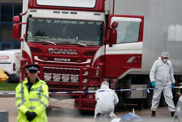 In het Britse Grays werd op 23 oktober 2019 een truck gevonden met de lichamen van 39 gestikte migranten.