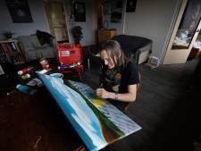 Ex-drugsverslaafde maakt nu schilderijen in Veldhoven