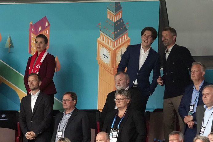 Prins Christian en zijn vader, prins Frederik, genoten ook van het voetbal.