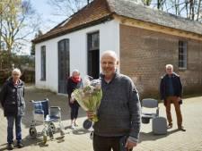 Medische Hulpmiddelenbank heeft nieuw onderkomen dankzij gulle Lochemer: 'Ik wil mijn steentje bijdragen aan de maatschappij'