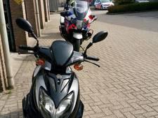 Bromfietser zonder rijbewijs in Geldrop leert niet van fout