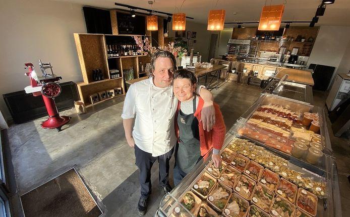 Xavier Fruy en Ann Verduyn, in hun nieuwe winkel.
