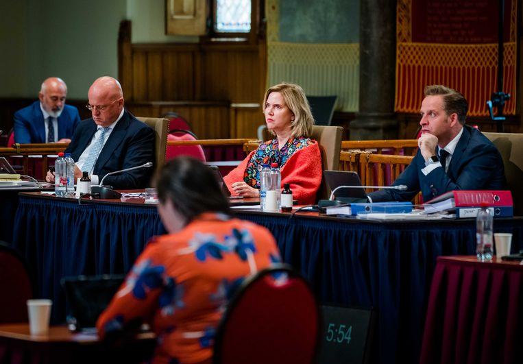 Demissionair Minister Hugo de Jonge van Volksgezondheid tijdens de plenaire vergadering in de Eerste Kamer over onder andere over testbewijzen en quarantaineplicht.  Beeld ANP, Bart Maat