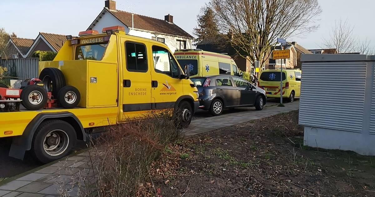 Ambulanceverpleegkundige betrokken bij ongeval in Hengelo.