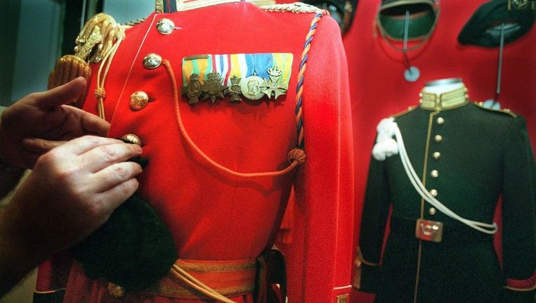 Een uniform dat in 1948 is ontworpen voor de inhuldiging van koningin Juliana. Beeld ANP
