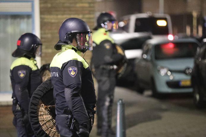 De Mobiele eenheid moest in de nacht van vrijdag op zaterdag ingrijpen in Scheveningen