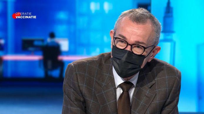Minister van Volksgezondheid Frank Vandenbroucke bij VTM NIEUWS. Hij spreekt zich niet uit over het openen van de horeca, het reisverbod zou wel worden opgeheven.