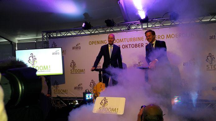 Mark Rutte blaast stoom af bij Attero in Moerdijk