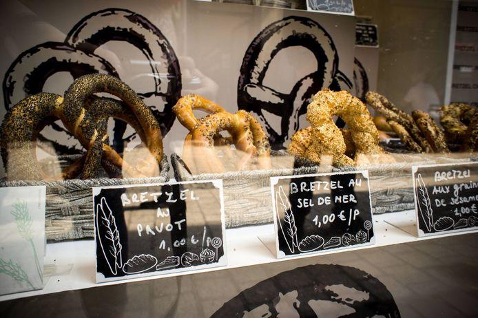 Les bretzels, préparés et cuits minute sur place, sont vendus à partir de 1 euro.