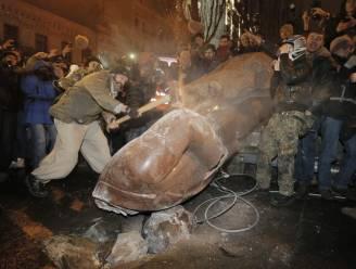 16 Lenin-monumenten gesloopt in Oekraïne