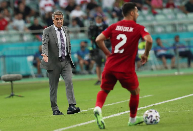 Turkse coach Senol Günes. Beeld EPA