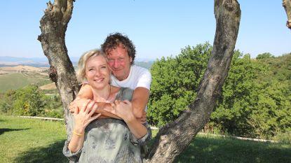 """'Thuis'-actrice Katrien De Becker en haar vriend kunnen nog niet samenwonen, maar: """"Als we elkaar een dag niet zien, bellen we tien keer. Minstens!"""""""