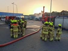 Nog een paar uur stank in Oost-Nederland door lekkende tankwagen Alblasserdam