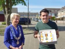 Jan Smit geëerd met lintje: 'Ontzettend geraakt en trots'