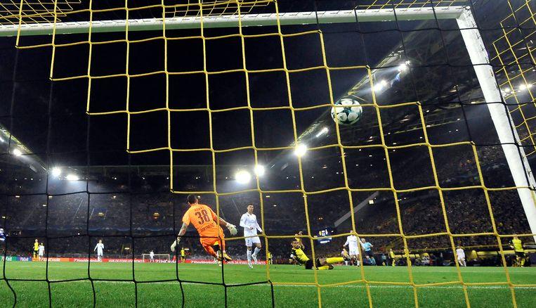1-2: Ronaldo werkt de assist van Bale binnen. Beeld ap