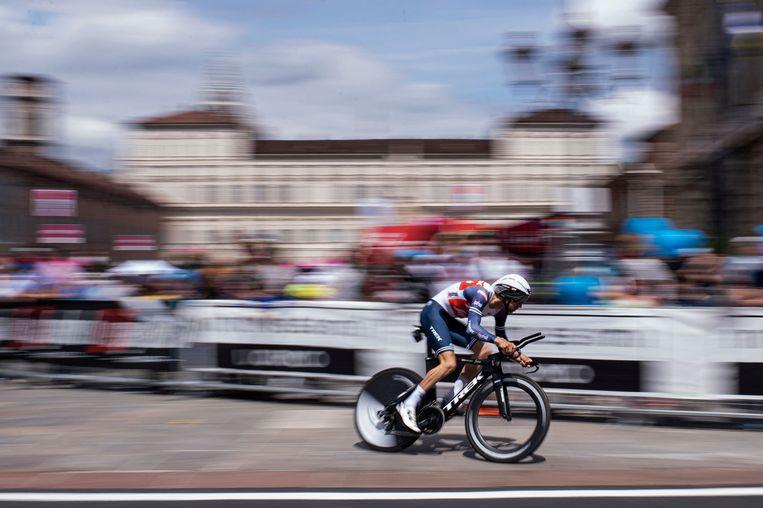 Bauke Mollema tijdens een eerrdere rit op 8 mei in Turijn. Beeld AFP