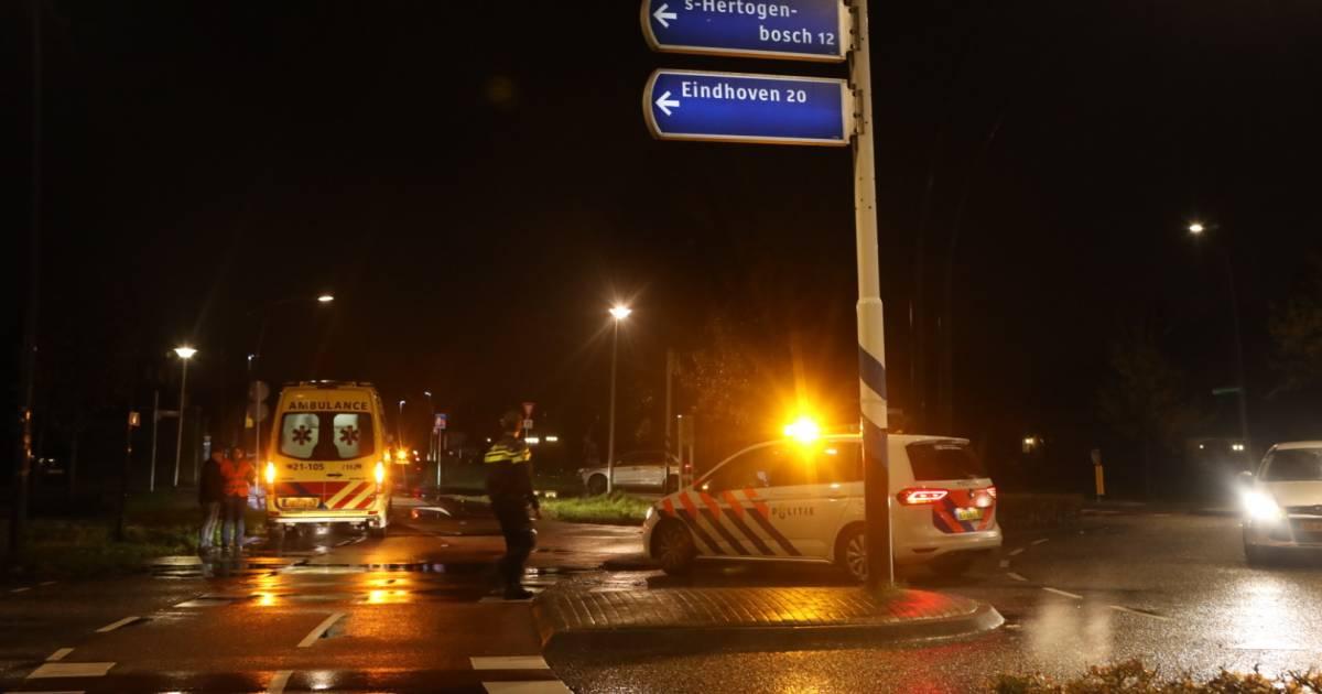 Twee voetgangsters aangereden door auto op rotonde aan de Schijndelseweg in Boxtel.