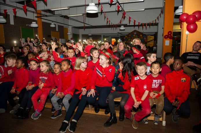 De leerlingen van De Spits op hun Rode Neuzen Avond