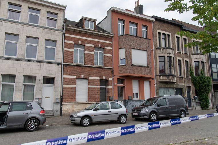 In het Antwerpse district Deurne ontplofte in juni 2020 een granaat aan de Ten Eeckhovelei. Beeld Marc De Roeck