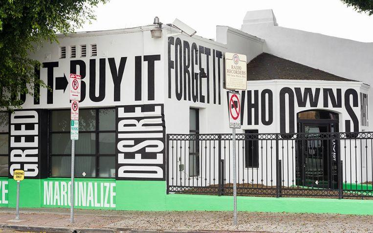 'In galerie LAXART wordt een plek geboden aan onbekende en onderbelichte kunstenaars.' Beeld rv
