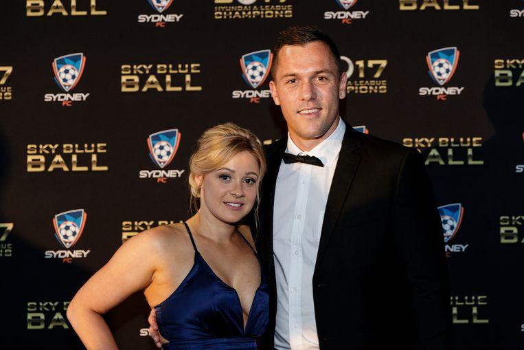 Vukovic met zijn vrouw Kristy in mei van dit jaar op een bal in Sydney. Beeld Getty Images for Sydney FC